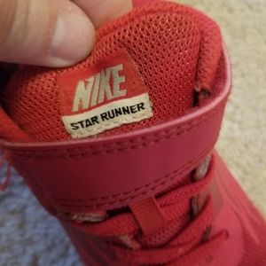Nike Shoes - Boys red nike sneakers